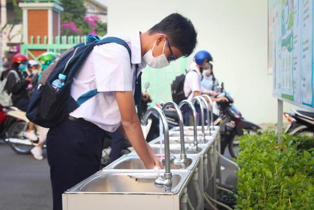 Vừa đi học 1 ngày, học sinh Đồng Nai lập tức được cho nghỉ - 3