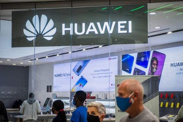 Vì sao Huawei vẫn chưa từ bỏ mảng smartphone? - 1