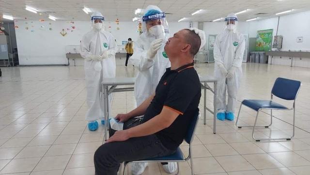 Hải Dương: Hai cháu nhỏ và 1 nhân viên bán xăng dương tính với SARS-CoV-2 - 2