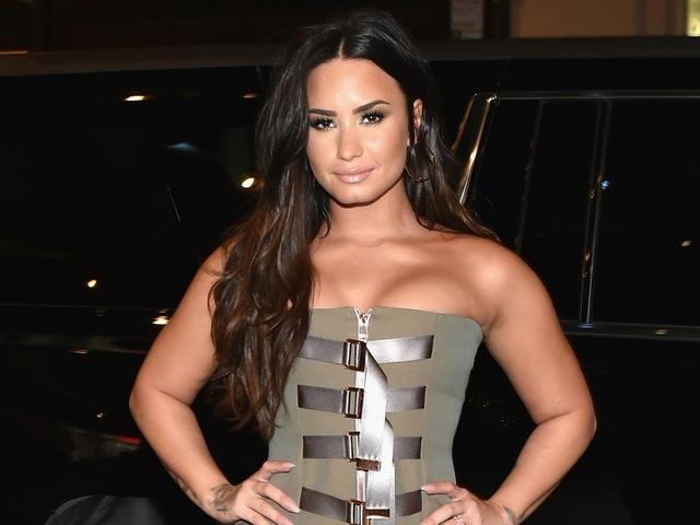 Demi Lovato từng đột quỵ và đau tim sau khi sốc thuốc - 4