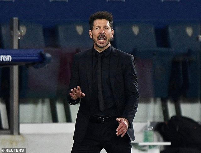 Luis Suarez vô duyên, Atletico lỡ cơ hội bỏ xa Real Madrid - 10