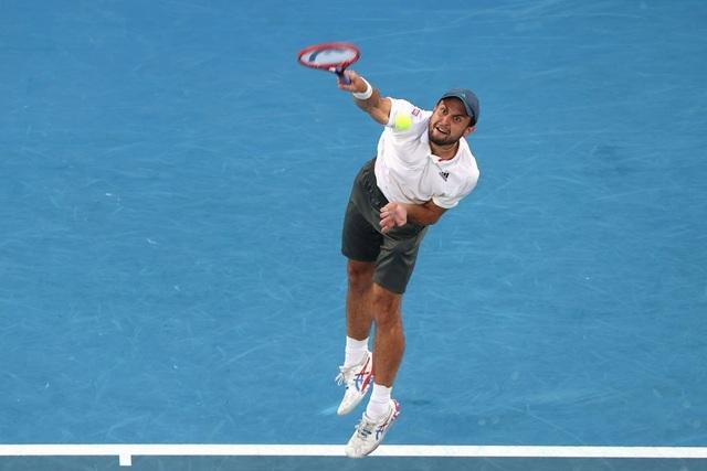 Australian Open: Djokovic loại hiện tượng Karatsev, tiến vào chung kết - 4