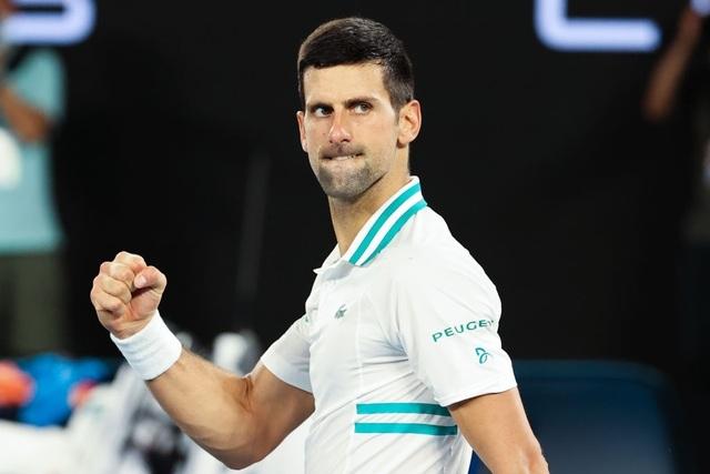 Australian Open: Djokovic loại hiện tượng Karatsev, tiến vào chung kết - 1