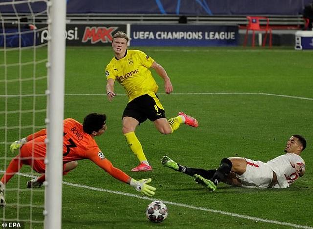 Erling Haaland tỏa sáng, Dortmund ngược dòng đánh bại Sevilla - 4