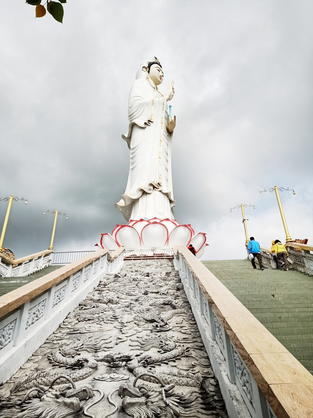 The tallest statue of Guan Yin in the West, going over 50 new steps to the foot of the statue - 5
