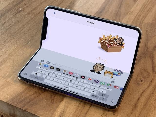 Apple sẽ hợp tác với LG để làm iPhone màn hình gập - 1