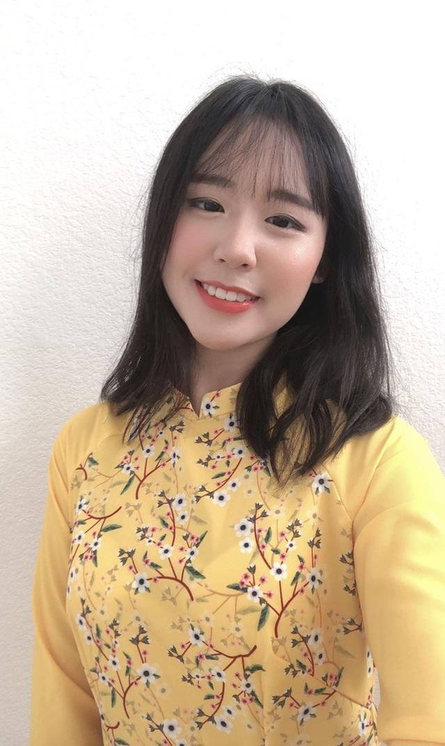 Rực rỡ sắc vàng với bộ ảnh áo dài đón Tết của du học sinh tại Mỹ - 2