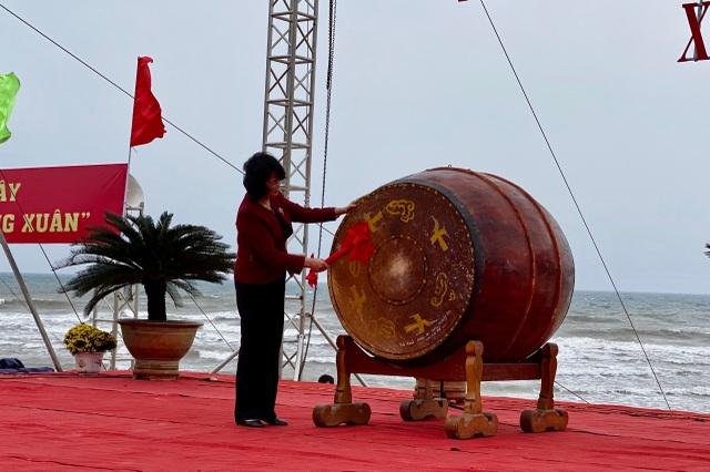 Phó Chủ tịch nước phát động Tết trồng cây đời đời nhớ ơn Bác Hồ - 2
