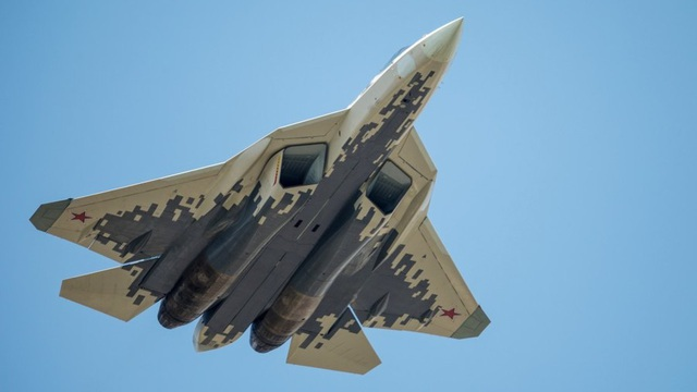 Nga có thể tích hợp vũ khí xung điện từ lên chim sắt Su-57, MiG-41 - 1