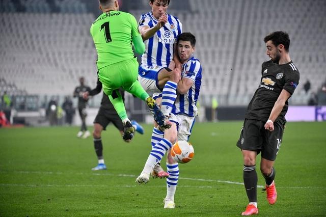 Amad Diallo ra mắt Man Utd trong trận thắng Real Sociedad - 8