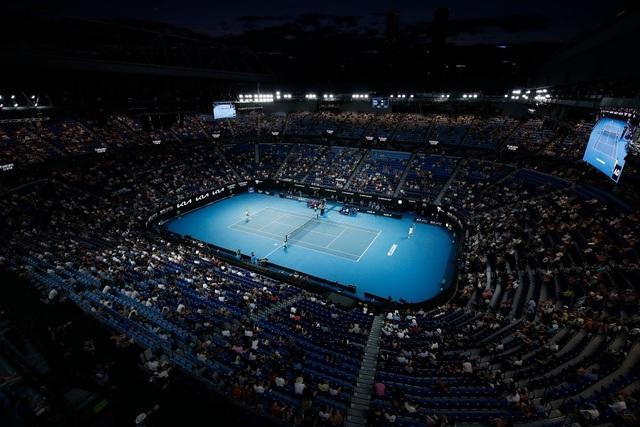 Australian Open: Vượt qua Tsitsipas, Medvedev tranh cúp bạc với Djokovic - 2
