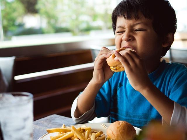 Nguyên tắc cần nhớ để ngăn ngừa gan nhiễm mỡ ở trẻ em - 1