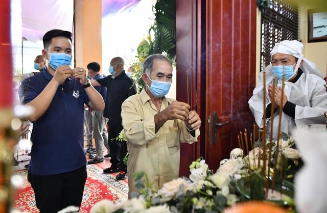Người dân viếng nguyên Phó Thủ tướng Trương Vĩnh Trọng tại quê nhà - 7
