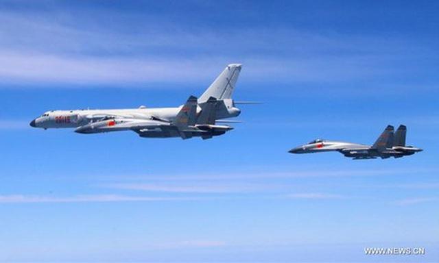 8 máy bay chiến đấu Trung Quốc áp sát Đài Loan - 1