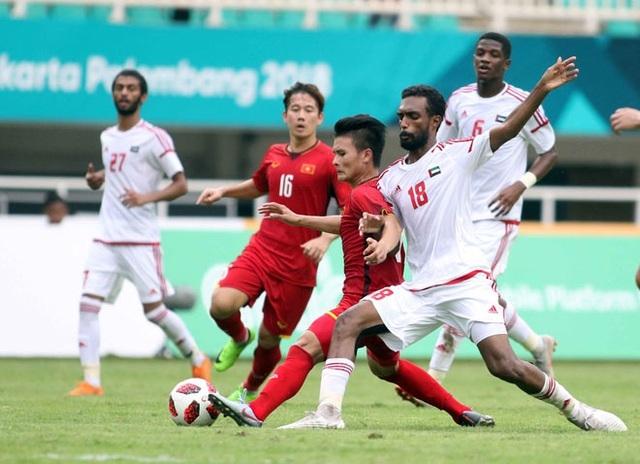 Báo UAE phân tích những lợi thế của đội nhà khi vòng loại World Cup bị hoãn - 1