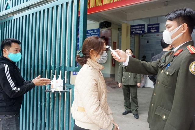 Lao động Nghệ An làm giấy thông hành đi Lào giảm 98% so với mọi năm - 2