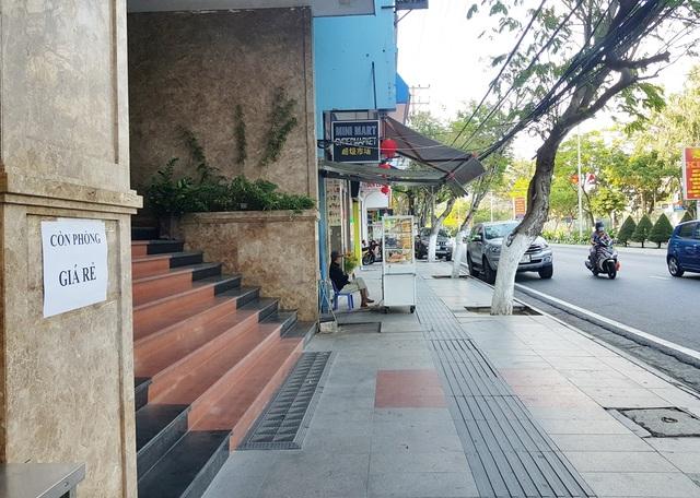 Khách sạn bình dân ở Nha Trang ngóng khách vì Covid-19 kéo dài - 2
