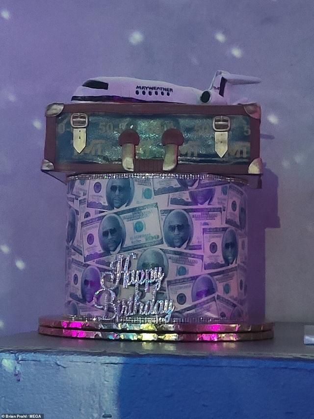 Mayweather tổ chức sinh nhật xa hoa, tặng cháu món quà 1 tỷ đồng - 11