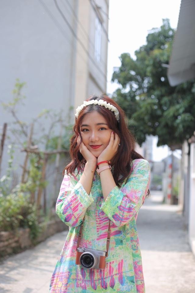 Cô gái trẻ và ánh nắng mùa xuân - 3