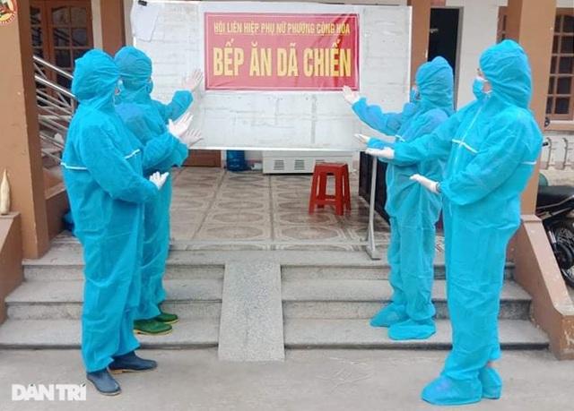Cảm động bếp ăn dã chiến xuyên Tết luôn đỏ lửa tại ổ dịch TP Chí Linh - 16