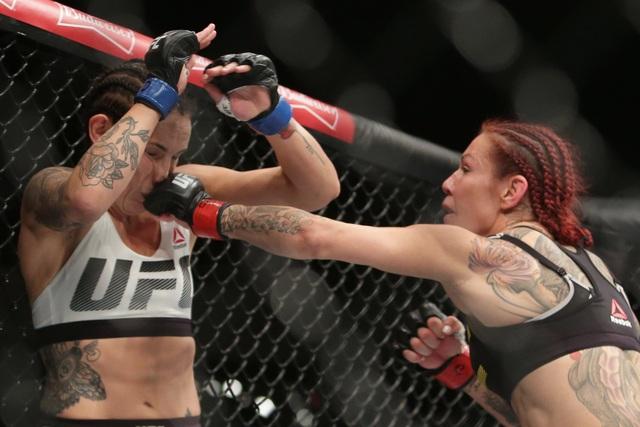 Ông trùm UFC Dana White giàu tới cỡ nào? - 4