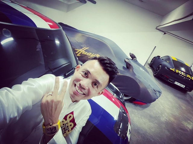 Bên trong garage siêu xe hoành tráng của giới đại gia Việt - 1