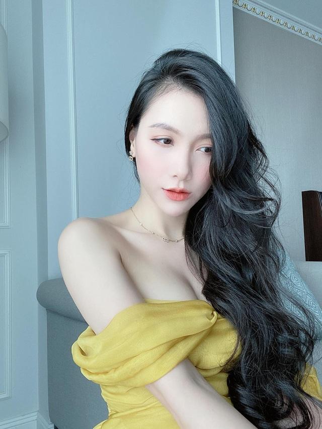 MC Minh Hà hiếm hoi diện bikini khoe vóc dáng gợi cảm - 6