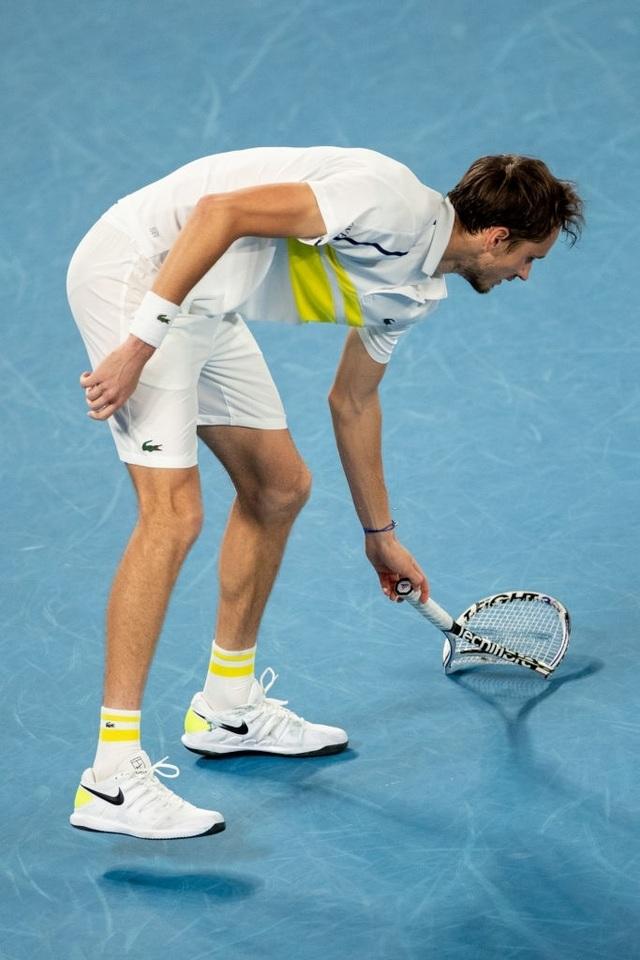Đánh bại Medvedev, Djokovic vô địch Australian Open 2021 - 7