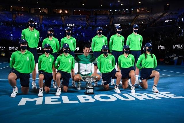 Đánh bại Medvedev, Djokovic vô địch Australian Open 2021 - 17