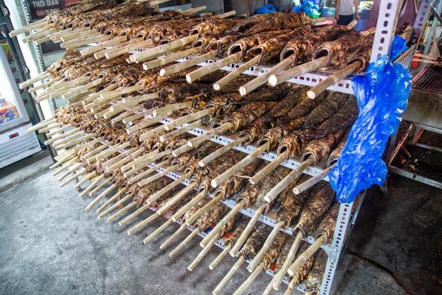 Bán cá lóc nướng thu cả trăm triệu đồng ngày vía Thần tài - 4