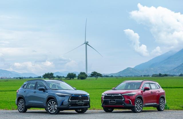 Nhận xe hơn 1 tháng, khách hàng vẫn choáng ngợp với công nghệ trên Corolla Cross - 1