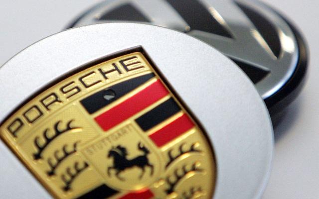Volkswagen sẽ bán khoán Porsche để lấy tiền làm xe chạy điện? - 1