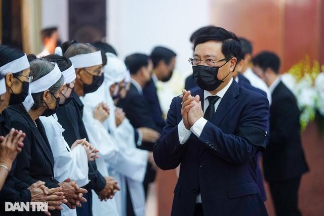 Lãnh đạo Đảng, Nhà nước viếng nguyên Phó Thủ tướng Trương Vĩnh Trọng - 12
