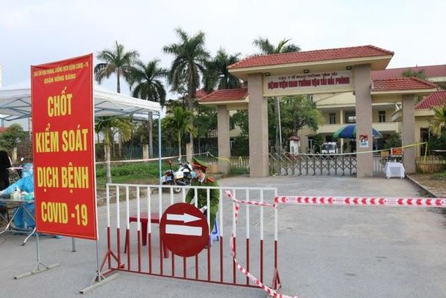 Phong tỏa toàn bộ Bệnh viện Giao thông vận tải Hải Phòng - 1