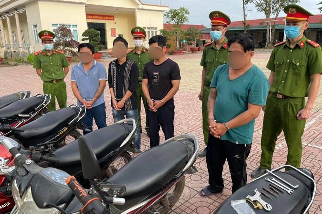 Triệt xóa 2 nhóm chuyên trộm xe máy liên tỉnh - 1