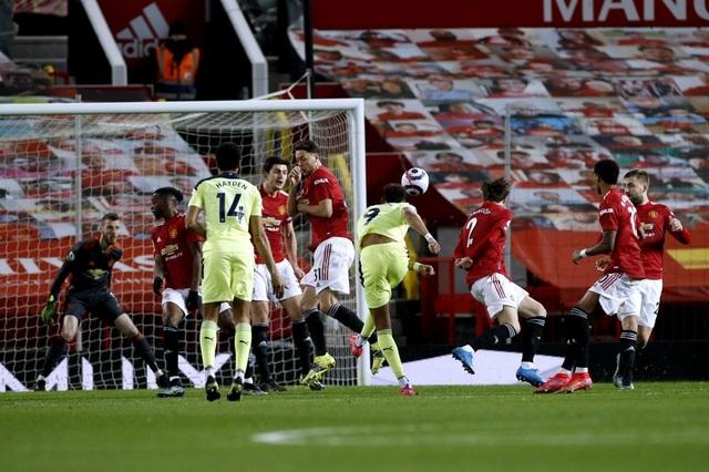 Man Utd 3-1 Newcastle: Dấu ấn của cá nhân Rashford - 3
