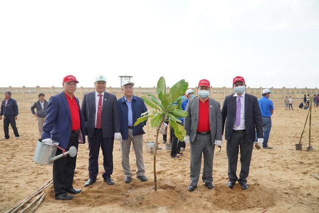 Vietjet hưởng ứng lời kêu gọi trồng cây vì một Việt Nam xanh - 3