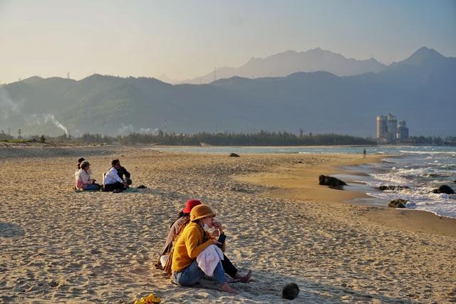 Mùa rêu xanh tại Rạn Nam Ô Đà Nẵng hút du khách check-in đầu năm - 8