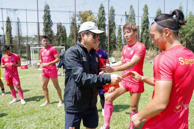 Ông Vũ Tiến Thành thôi dẫn dắt Sài Gòn FC trong vai trò HLV trưởng - 2