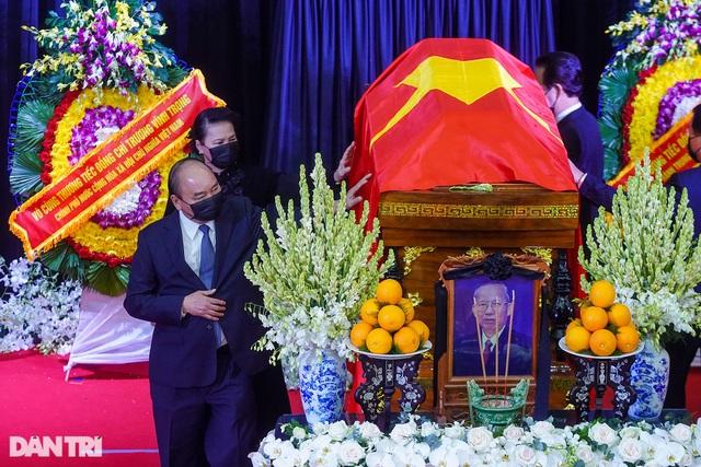 Nguyên Phó Thủ tướng Trương Vĩnh Trọng về nơi an nghỉ cuối cùng - 5