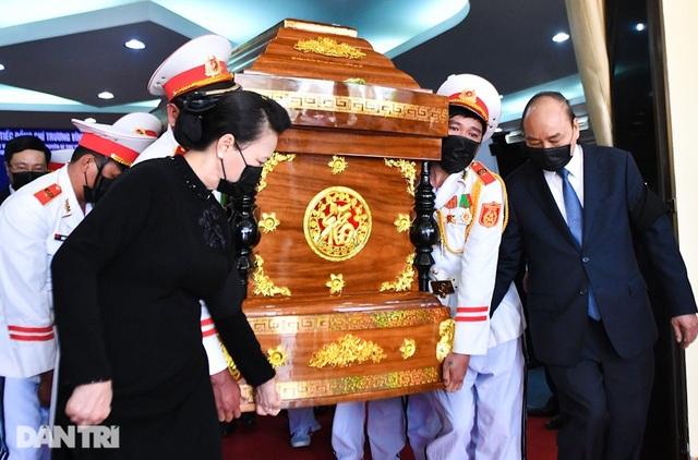 Nguyên Phó Thủ tướng Trương Vĩnh Trọng về nơi an nghỉ cuối cùng - 7