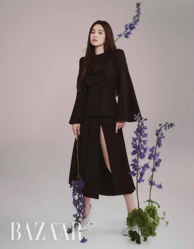 Song Hye Kyo hút hồn với phong cách không tuổi - 5