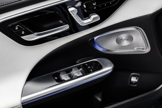 Mercedes-Benz C-Class 2022 chính thức ra mắt, vẫn là S-Class thu nhỏ - 35