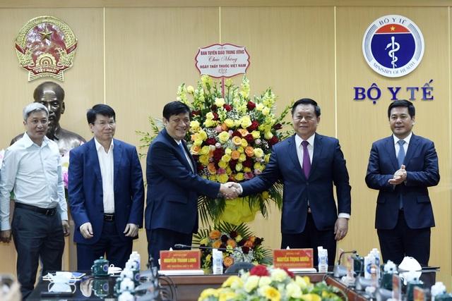 Trưởng ban Tuyên giáo Trung ương tin Việt Nam sẽ chiến thắng dịch Covid-19 - 2