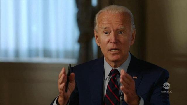 Ông Biden từng bị bắt vì đi lạc vào trong nhà quốc hội Mỹ - 1