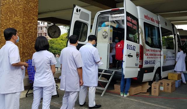 Ngân hàng máu dự trữ thiếu hụt, bệnh viện chung tay ứng cứu - 3