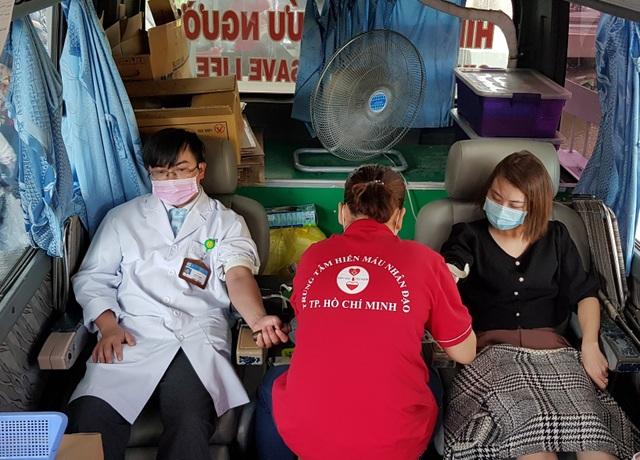Ngân hàng máu dự trữ thiếu hụt, bệnh viện chung tay ứng cứu - 5