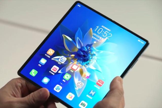 Cận cảnh Huawei Mate X2 vừa ra mắt: Gập 2 màn hình, đối thủ của Fold2 - 1