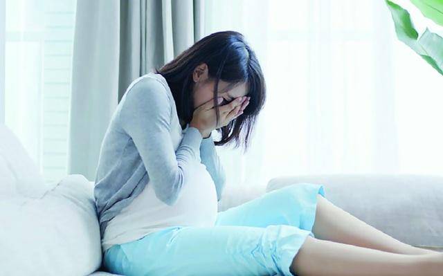 Chồng chẳng đoái hoài gì đến vợ sau khi sinh con - 1