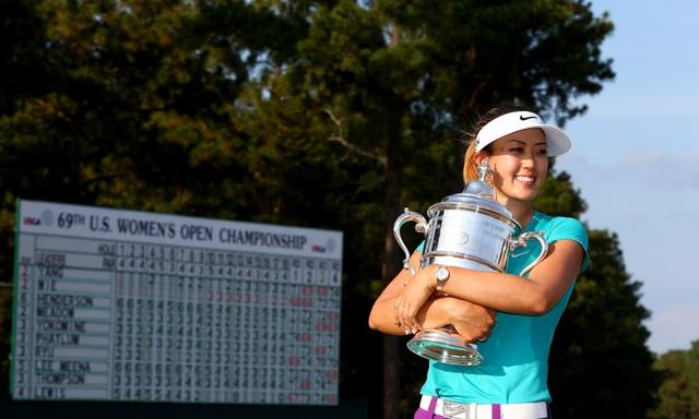 Tay golf nữ xinh đẹp bức xúc khi bị bình luận nhạy cảm - 3